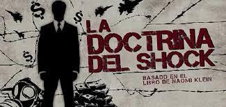 Investigadores de LaPSoS comentan «La Doctrina del Shock» en Casa Central de la Universidad de Chile